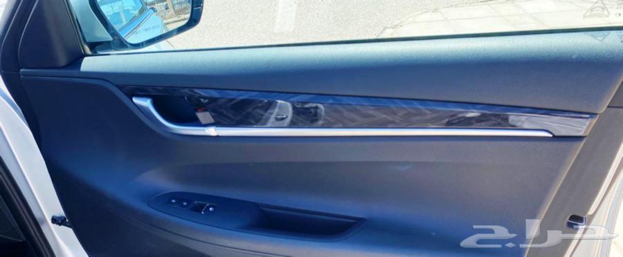 تم البيع هونداي ازيرا 2017 الشكل الحديث فل بدون فتحه