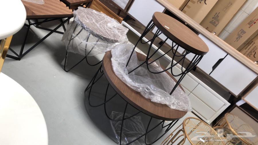 طاولات ومداخل