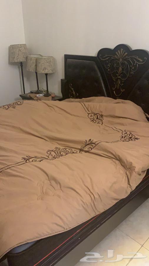 غرفة نوم كاملة وكنب حرف ال جهه يمين جهة ال ال