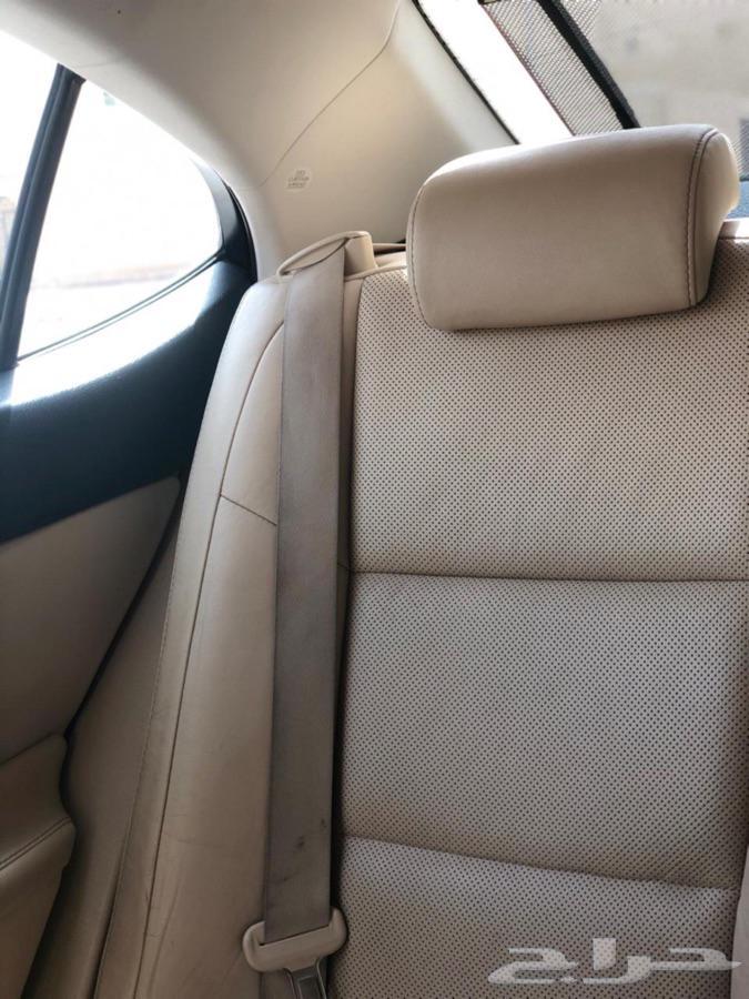 للبيع لكزس es350 مديل 2013 امريكي ممشى 56 الف كيلو