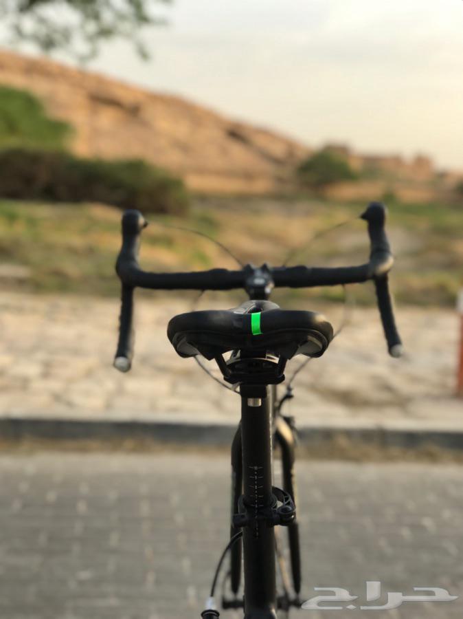 دراجة هوائيه رود موصفات عاليه