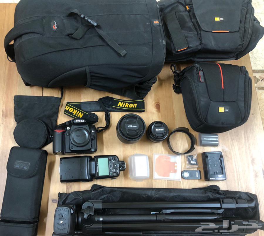 كاميرا نيكون D90 مع ملحقاتها