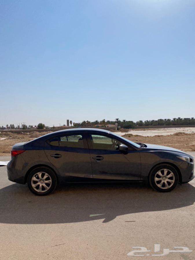 مازدا 3 2016 رمادي عداد 140.000نظيف جدا  معرض(عبيد الرشيدي)