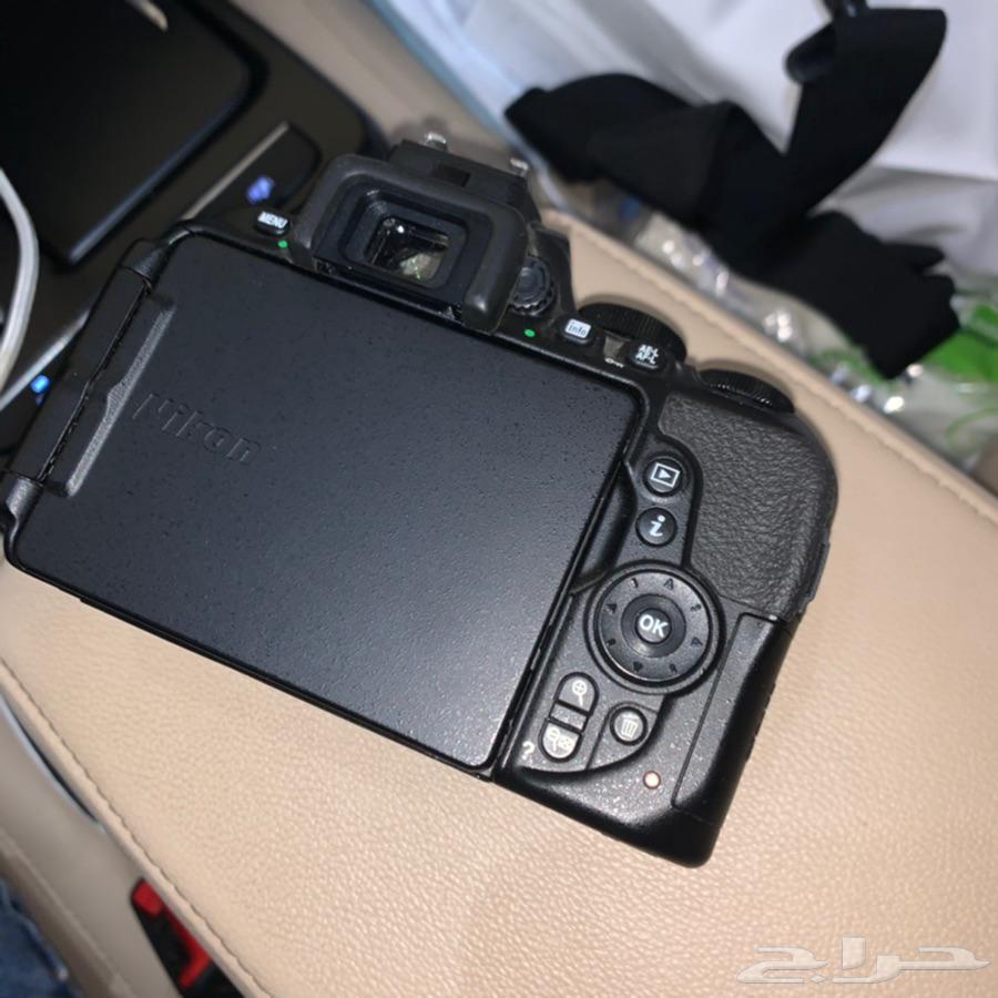 كاميرا نيكون D5600 احترافيه