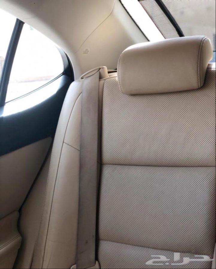 للبيع لكزس es350 مديل 2013 امريكي ممشى 57 الف كيلو
