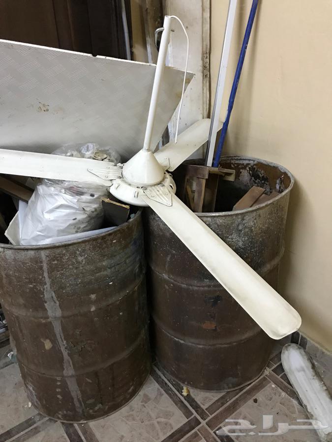 4مراوح سقف كهرباء 110فولت 2 مودم stc