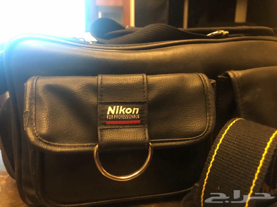 كاميرا نيكون Nikon D3000