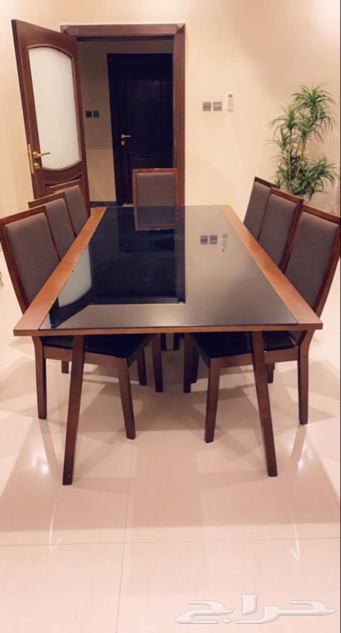 طاولة طعام عدد 8 كراسي