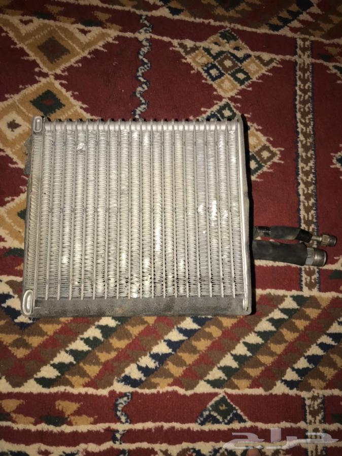 ثلاجة مكيف هايلكس 2004