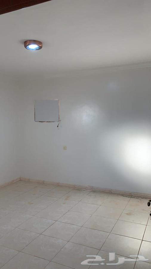 شقة للايجار نظيفة