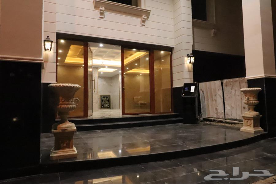 خمس غرف وصاله VIP للايجار