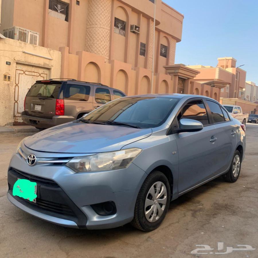 يارس 2015 نص فل للبيع - الرياض
