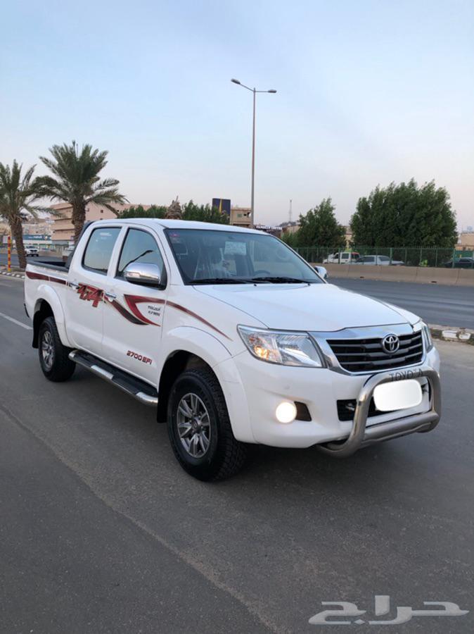 هايلوكس دبل 2014 سعودي ( مخزن )