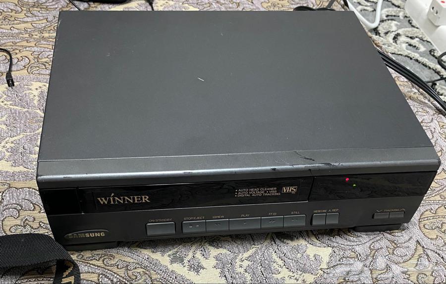 جهاز فديو للبيع شريط كبير نظيف وشغال