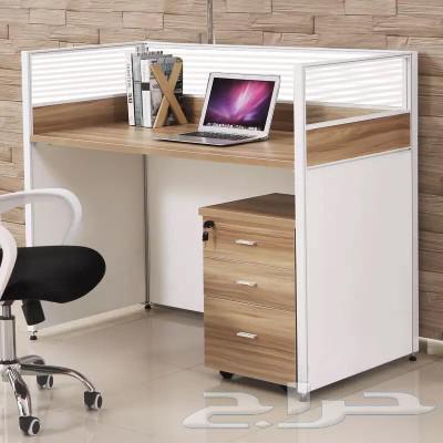 أثاث مكتبي  مكاتب  اثاث مودرن  وحدات بارتشنات