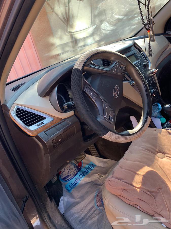 بيع سياره سنتافيا 2015 مفحوصة مجدده ونضيفه على الشرط