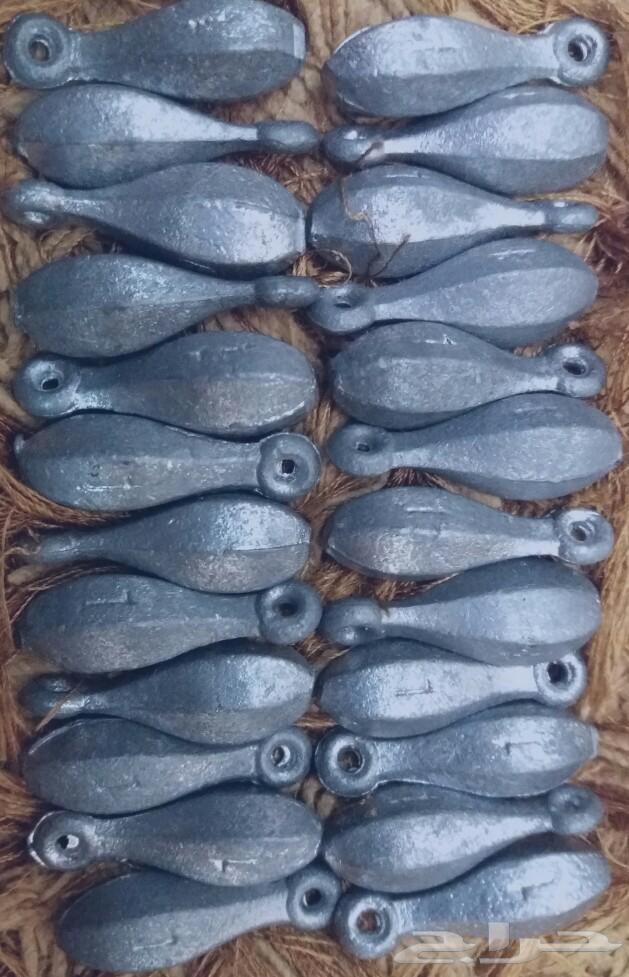 أدوات صيد سمك متنوعة