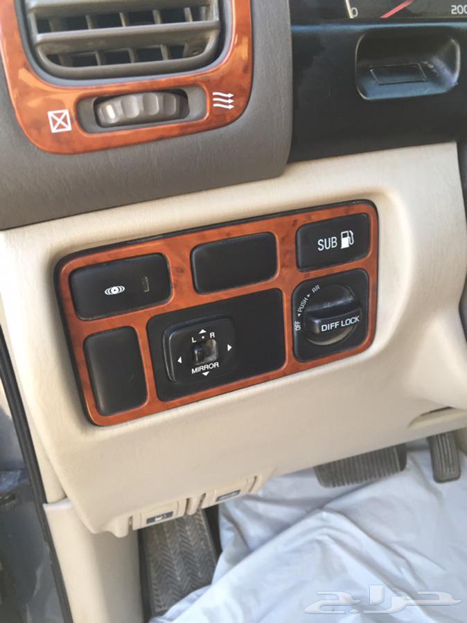 لاندكروزر 2006 GX.R