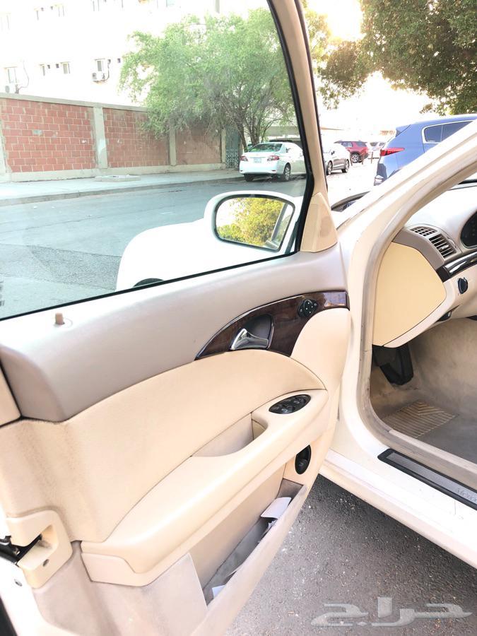 للبيع مرسيدس E200 2006