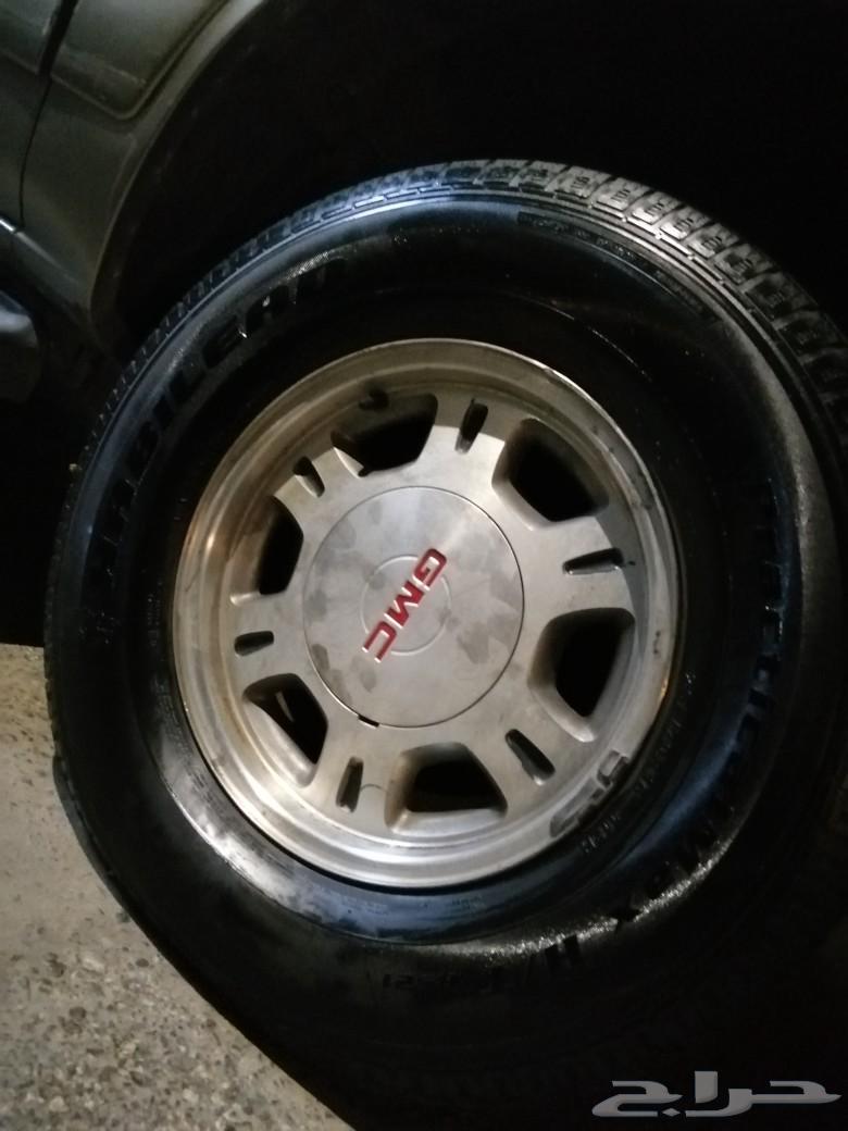سياره يوكن موديل 2000