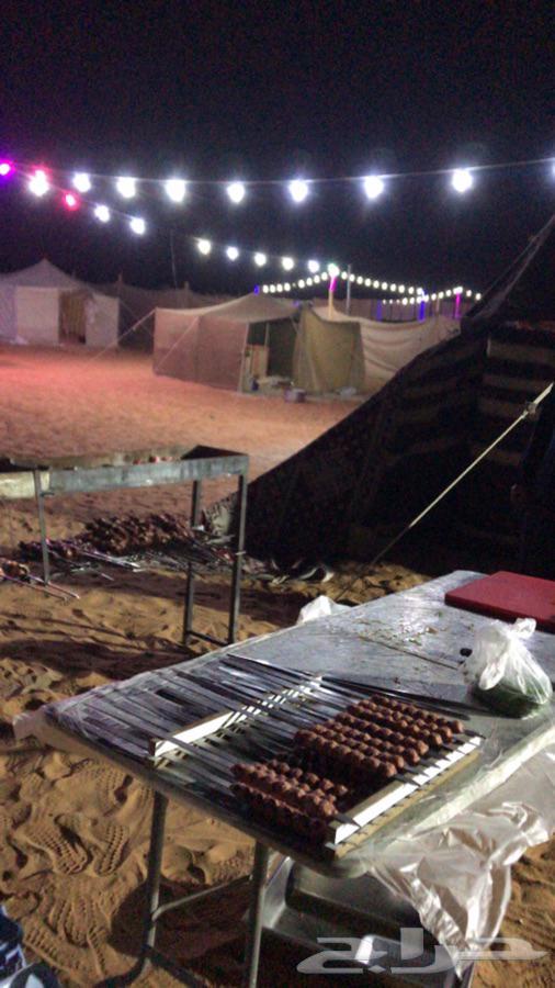 مخيم لايجار في المشاعله قسم  واحد بجنب الخط سياره صغيره توصل