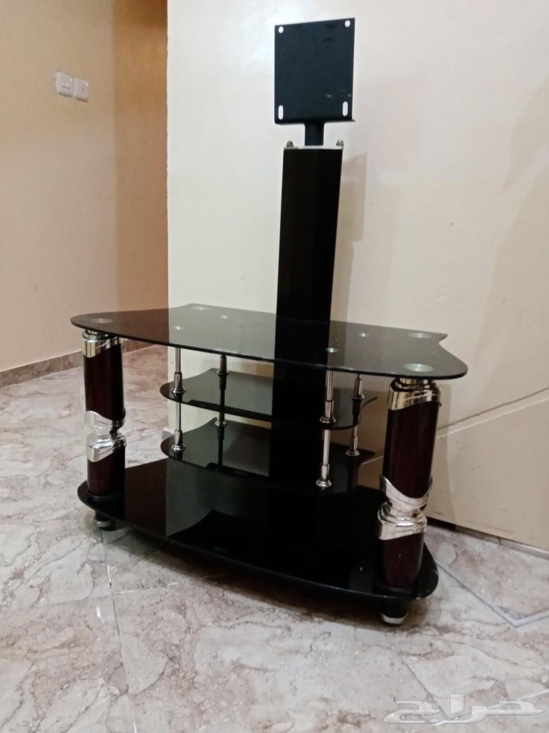 طاولة تلفزيون مستعمله