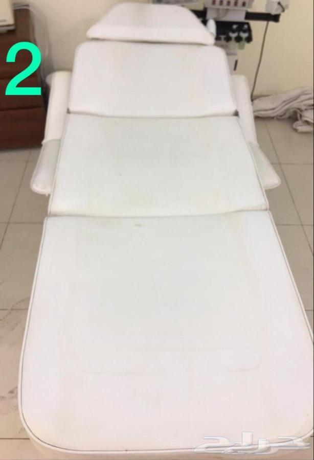 كرسي حلاقة و سرير مكياج اصلي من نزيه