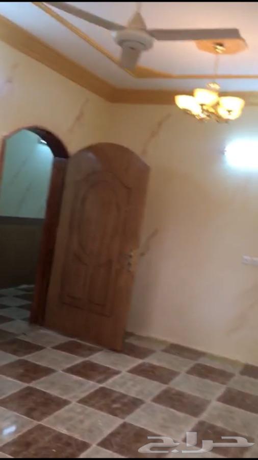شقة للإجار في الباحة ( بهر)
