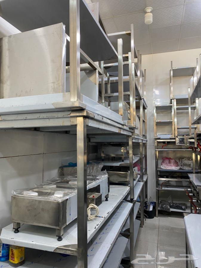 تفصيل ستيل طاولات طعام للمطاعم والكافيهات وللكاشير وغيرها