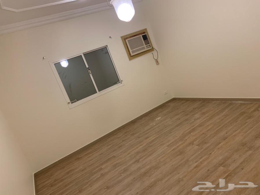 شقة للايجار بحي السلامة 5 غرف