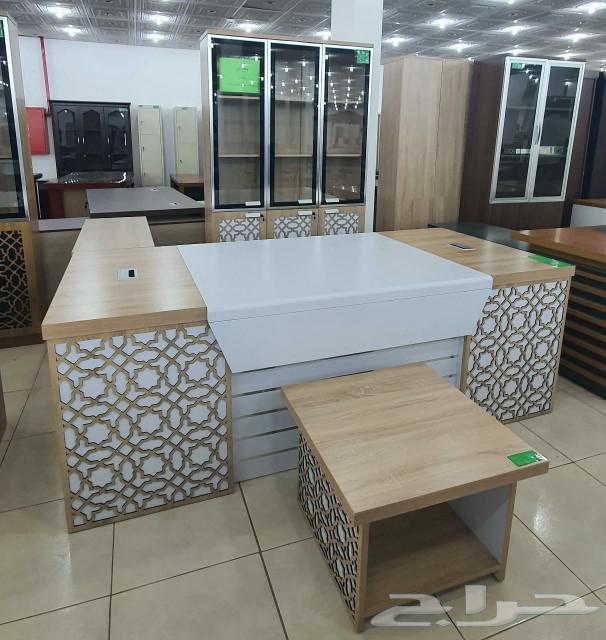 غرف نوم كنب طاولات طعام جلسات خيزران مكاتب