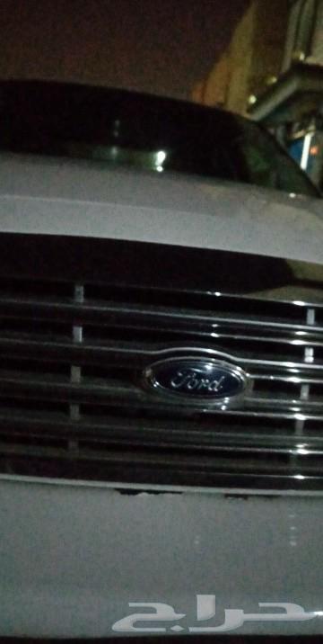 فورد بوليسي 2003 للبيع