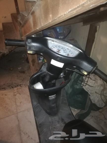 للبيع دباب هوندا نظيف على الشرط ماشي 649