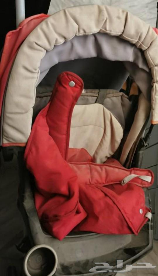للبيع عربة اطفال من CRACO حمراء 60 ريال