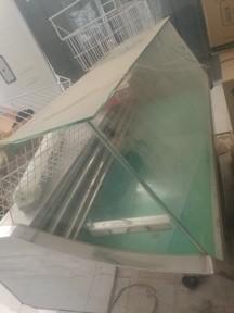 ثلاجات ببسي وثلاجات اجبان جاهزه للتشغيل كبيره
