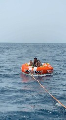 رحلات صيد بحريه وسباحه وتشميس في مالديف جده