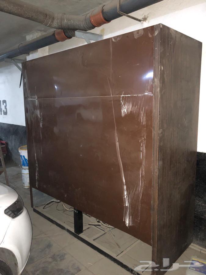 ثلاجة عرض للبيع