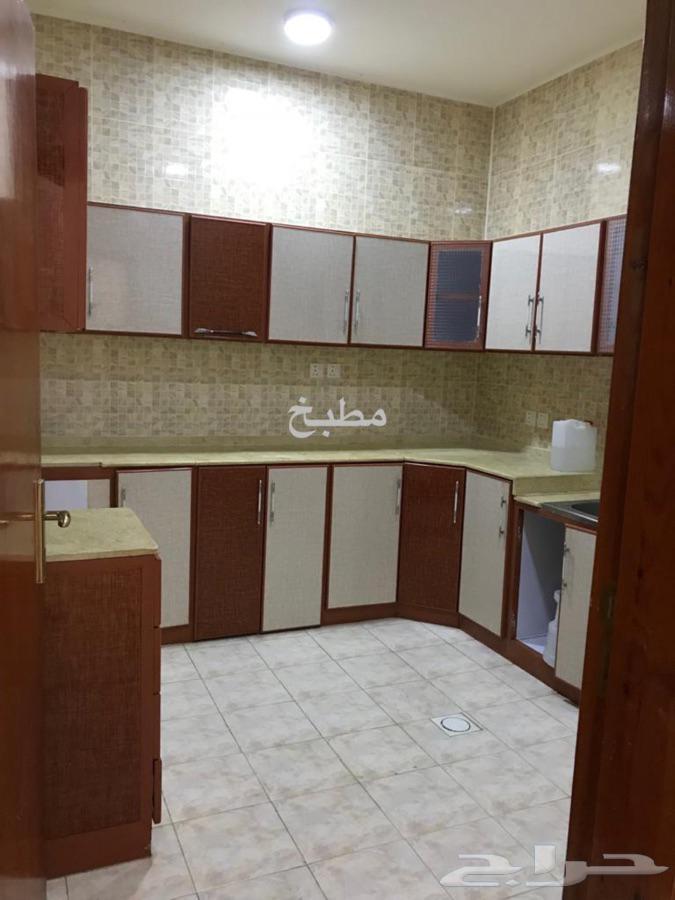 شقة للايجار خلف مستشفى الولادة بالمحالة
