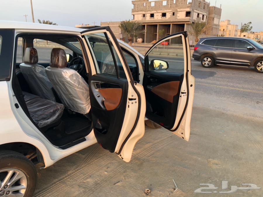 للبيع اينوفا م 2017 ماشي 96 الف السعر 52 الف