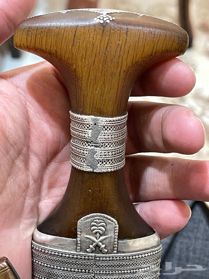 خنجر زراف من اقدم انواع الزراف