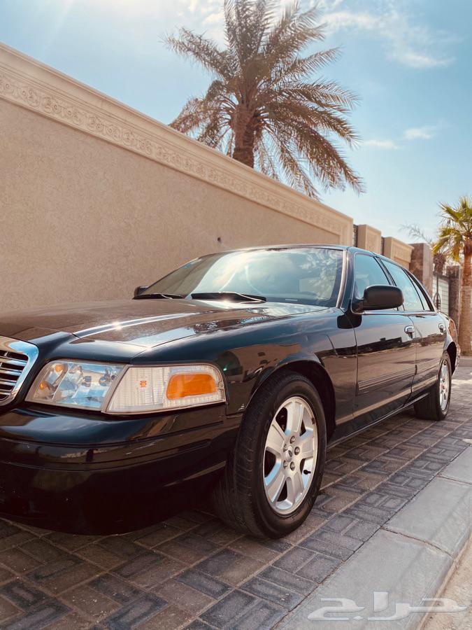 فورد كروان فكتوريا 2010 سعودي وكالة ( تم البيع ) .