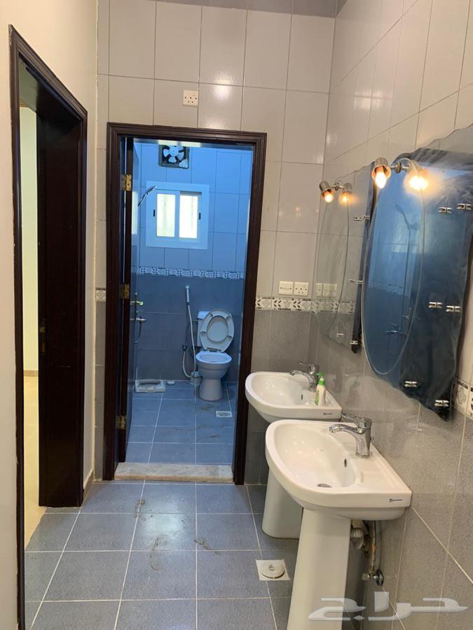 شقق فاخره جدا للايجار 4 غرف كباو3 حمام مطبخ صاله مدخلين دور