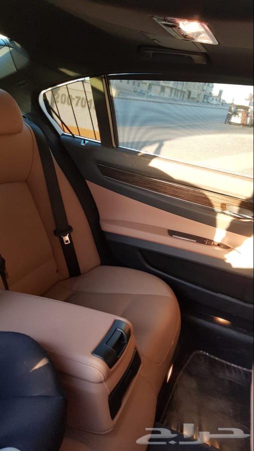 السيارة  بي ام دبليو - الفئة السابعة