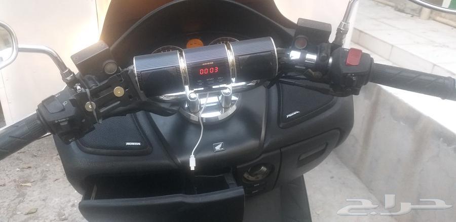 للبيع دباب من نوع هوندا فروزا مديل 2014