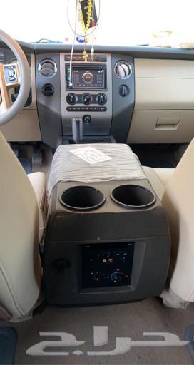 سيارة فورد اكسبديشن 2011