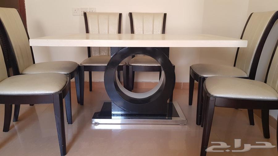طاولة رخام مع 6 كراسي