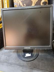 كمبيوتر ديل للبيع